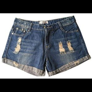 Pants - Casual denim shorts